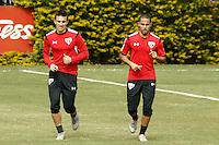 SÃO PAULO, SP, 22.06.2016 - FUTEBOL-SÃO PAULO - João Schmidt e Ytalo durante   treino do São Paulo Futebol Clube no CT da Barra Funda, na manhã desta quarta-feira, 22.  (Foto: Adriana Spaca/Brazil Photo Press)