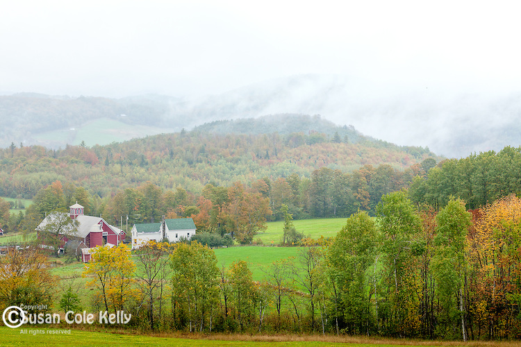 Fall foliage in Barnet, VT, USA