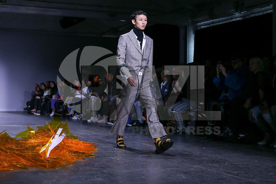 NOVA YORK . EUA, 09.02.2019 - MODA-EUA - Modelo durante desfile Dirty Pineapple no New York Fashion Week (NYFW) em Nova York neste sabado,09. (Foto: Vanessa Carvalho/Brazil Photo Press/Folhapress)