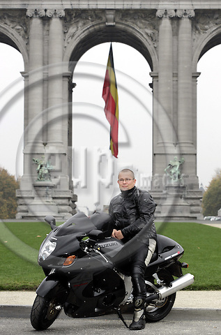 BRUSSELS - BELGIUM - 01 NOVEMBER 2004 -- Jukka PESONEN in the Park Du Cinquantenaire. With his motorbike Suzuki GSX 1300. -- PHOTO: JUHA ROININEN / EUP-IMAGES