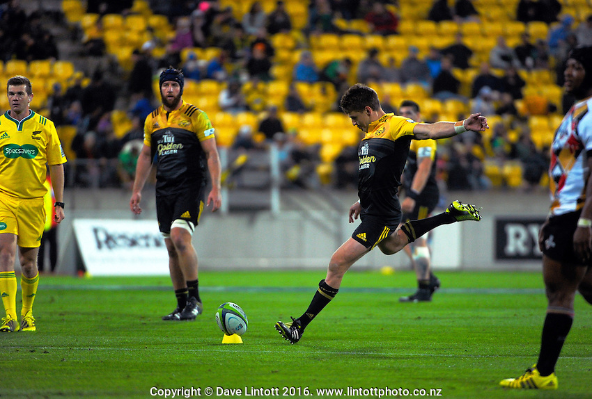 Beauden Barrett kicks for goal during the Super Rugby match between the Hurricanes and Southern Kings at Westpac Stadium, Wellington, New Zealand on Friday, 25 March 2016. Photo: Dave Lintott / lintottphoto.co.nz