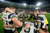 Picture by Allan McKenzie/SWpix.com - 19/04/2018 - Rugby League - Betfred Super League - Hull FC v Leeds Rhinos - KC Stadium, Kingston upon Hull, England - Hull FC celebrate victory in a huddle after defeating Leeds.