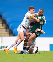 London Irish's Joe Cokanasiga is tackled by Exeter Chiefs' Henry Slade<br /> <br /> Photographer Bob Bradford/CameraSport<br /> <br /> Aviva Premiership Round 20 - London Irish v Exeter Chiefs - Sunday 15th April 2018 - Madejski Stadium - Reading<br /> <br /> World Copyright &copy; 2018 CameraSport. All rights reserved. 43 Linden Ave. Countesthorpe. Leicester. England. LE8 5PG - Tel: +44 (0) 116 277 4147 - admin@camerasport.com - www.camerasport.com