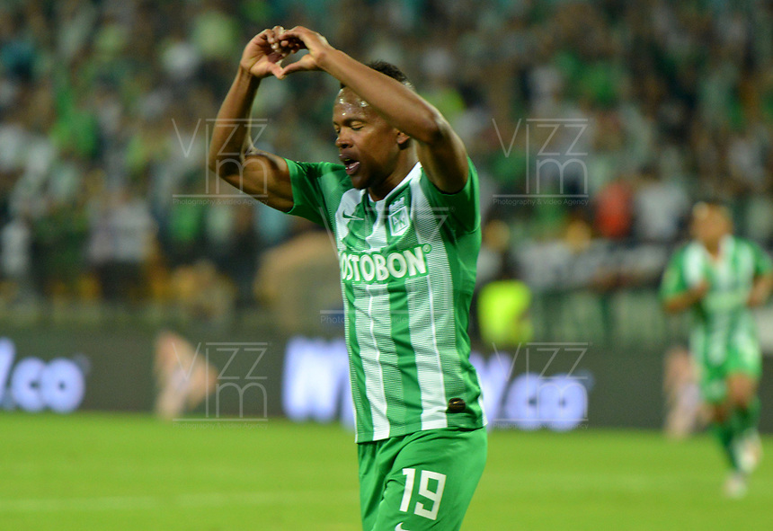 MEDELLÍN-COLOMBIA, 06-08-2019: Yerson Candelo de Atlético Nacional, celebra el gol anotado a Atlético Huila, durante partido de la fecha 4 entre Atlético Nacional y Atlético Huila, por la Liga Águila I 2019, jugado en el estadio Atanasio Girardot de la ciudad de Medellín. / Yerson Candelo of Atletico Nacional celebrates the scored goal to Atletico Huila, during a match of the 4th date between Atletico Nacional and Atletico Huila, for the Aguila Leguaje II 2019 played at the Atanasio Girardot Stadium in Medellin city. / Photo: VizzorImage / León Monsalve / Cont.