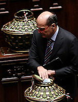 Il deputato Pierluigi Bersani depone la scheda nell'urna durante la seduta comune di deputati e senatori per l'elezione del nuovo Presidente della Repubblica, alla Camera dei Deputati, Roma, 29 gennaio 2015.<br /> Italian deputy Pierluigi Bersani casts his ballot during a joint plenary session of senators and deputies to vote for the election of the new President, at the Lower Chamber, Rome, 29 January 2015.<br /> UPDATE IMAGES PRESS/Riccardo De Luca