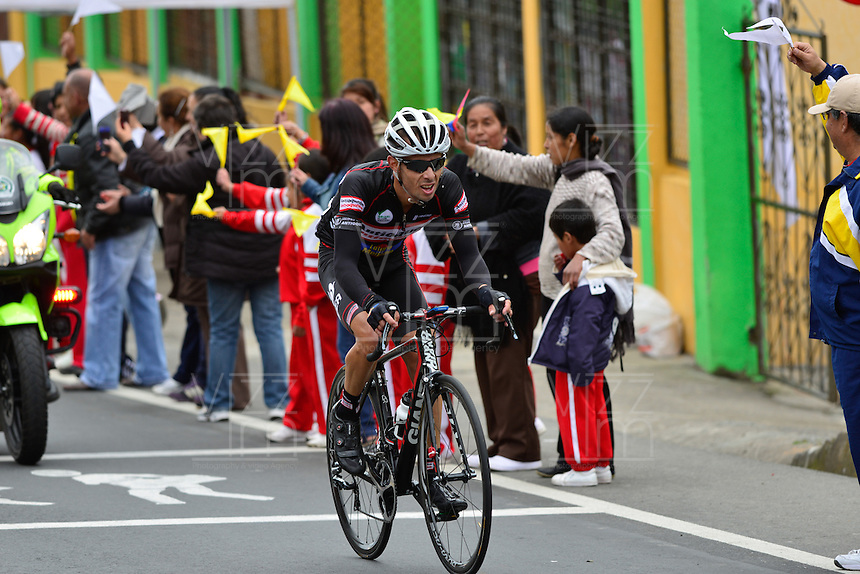 PASTO -COLOMBIA, 11-06-2013. Rafael Infantino del equipo Aguadiente Antioqueño ganó la tercera etapa de la Vuelta a Colombia Supérate 2103 que se cumplió entre las ciudades de Ipiales y Pasto con un recorido de 92.2 km./ Rafael Infantino of Aguardiente Antioqueño team won the 3th stage of  Vuelta a Colombia Superate 2013 made between the cities of Ipiales and Pasto and a distance of 92.2km Photo: VizzorImage/Fredy Gómez/Cont