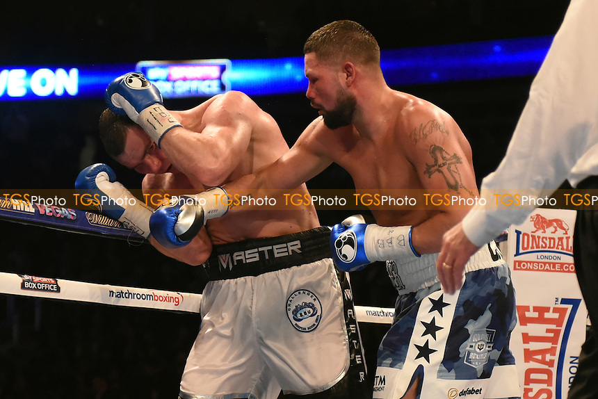 Tony Bellew (white/blue shorts) defeats Mateusz Masternak to win the vacant EBU Cruiserweight Title at the O2 Arena, London