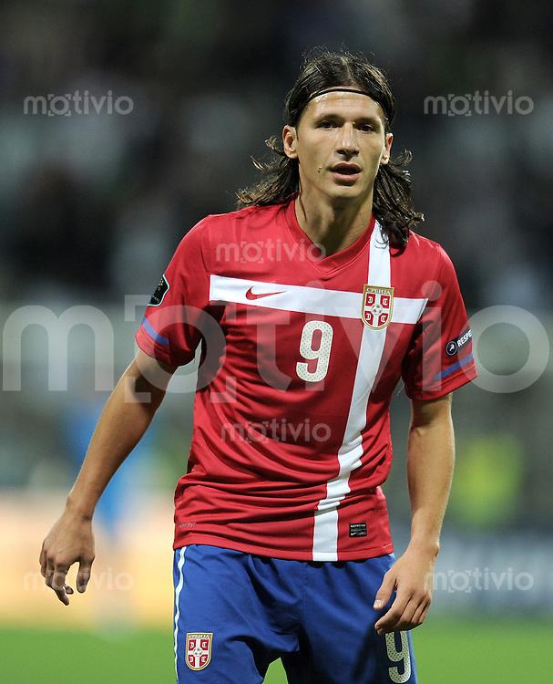 FUSSBALL INTERNATIONAL  Qualifikation Euro 2012  11.10.2011 Slowenien - Serbien Marko PANTELIC (Serbien)