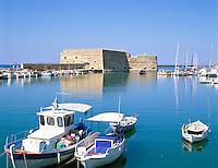 Greece, Crete, Heraklion: Harbour and Venetian Fortress Ω Griechenland, Kreta, Iraklio: Venezianisches Fort und Hafen