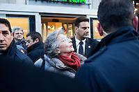 Milano: Elsa Antonioli durante la campagna elettorale del marito Mario Monti per le politiche 2013
