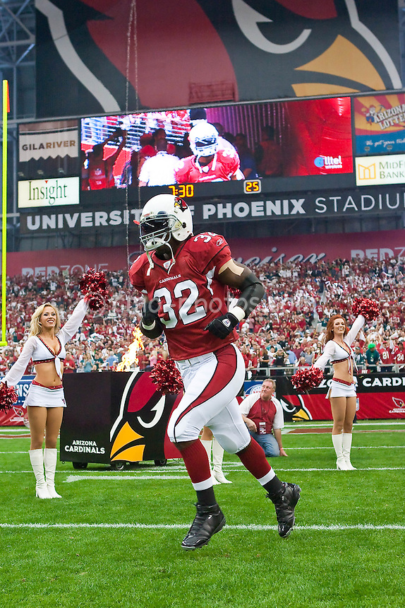 Jan 18, 2009; Glendale, AZ, USA; Arizona Cardinals running back Edgerrin James (32) is introduced to the crowd prior to the NFC Championship Game against the Philadelphia Eagles at University of Phoenix Stadium.  The Cardinals won the game 32-25 to advance to Super Bowl XLIII.