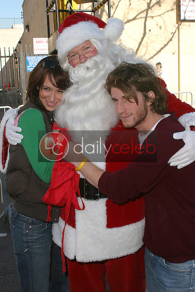 Jennifer Love Hewitt, Santa Claus and Max Winkler
