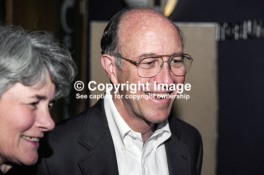 Michael J Sullivan, US Ambassador to Rep of Ireland, at Yeats Summer School reception. Ref: 199908058.<br />