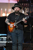 WEST PALM BEACH, FL - SEPTEMBER: 22: Zac Brown performs at The Coral Sky Amphitheatre on September 22, 2017 in West Palm Beach Florida. Credit Larry Marano © 2017
