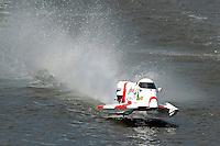 Greg Foster (#14) hangs it high   (Formula 1/F1/Champ class)