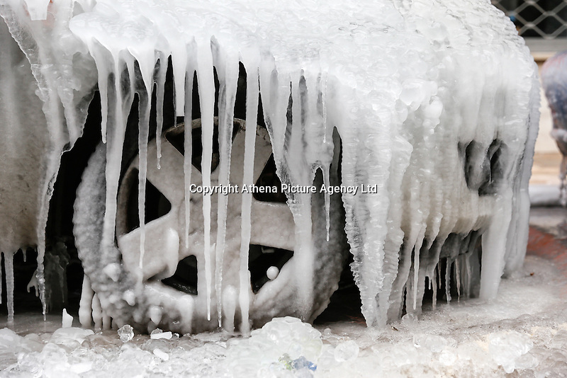 Pictured: Thick ice forms on cars parked in central Salonika, Greece. Monday 09 January 2017<br /> Re: Severe cold weather affects Salonica in northern Greece