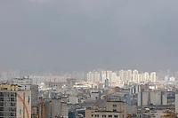 ATENCAO EDITOR FOTO EMBARGADA PARA VEICULO INTERNACIONAL - SP, 28 DE NOVEMBRO - Clima tempo - na foto região oeste da capital paulista FOTO VAGNER CAMPOS /BRAZIL PHOTO PRESS