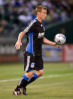 18 April 2009: Chris Leitch of the Earthquakes in action during the game against Los Angeles Galaxy at Oakland-Alameda County Coliseum in Oakland, California.   Earthquakes and Galaxy are tied 1-1.
