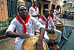 Grupo de música Cubana em havana. Cuba. 1984. Foto de Juca Martins.