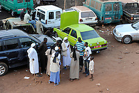 "Westafrika Mali Bamako , Werkstatt und Verkauf von gebrauchten Fahrzeugen aus Europa  - Autohandel Transport Import | .Africa Mali Bamako , workshop and sale of used cars from Europe - trade import export .| [ copyright (c) Joerg Boethling / agenda , Veroeffentlichung nur gegen Honorar und Belegexemplar an / publication only with royalties and copy to:  agenda PG   Rothestr. 66   Germany D-22765 Hamburg   ph. ++49 40 391 907 14   e-mail: boethling@agenda-fototext.de   www.agenda-fototext.de   Bank: Hamburger Sparkasse  BLZ 200 505 50  Kto. 1281 120 178   IBAN: DE96 2005 0550 1281 1201 78   BIC: ""HASPDEHH"" ,  WEITERE MOTIVE ZU DIESEM THEMA SIND VORHANDEN!! MORE PICTURES ON THIS SUBJECT AVAILABLE!! ] [#0,26,121#]"