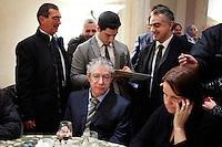 Vicenza:  Umberto Bossi e Renzo Bossi nella villa palladiana La Favorita durante la presentazione del parlamento padano.