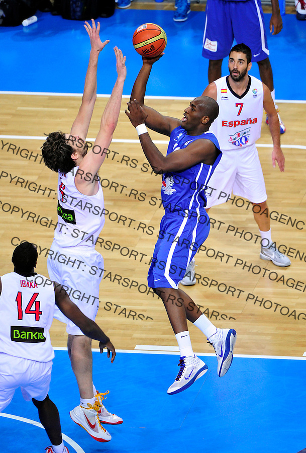 during final Eurobasket 2011 game between Spain and France in Kaunas, Lithuania, Sunday, September 18, 2011. (photo: Pedja Milosavljevic)