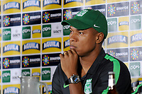 CALI - COLOMBIA, 13-06-2017: Alexis Henriquez, jugador del Nacional, durante rueda de prensa previo al partido de ida  entre el Deportivo Cali y Atlético Nacionali por la final de la Liga Aguila I 2017 a jugarse mañana, 14 de junio de 2017, en el estadio Palmaseca de Cali. / Alexis Henriquez, player of Nacional, during the press conference prior the first leg match between Deportivo Cali and Atletico Nacional for the final of the Aguila League I 2017 that to be held tomorrow, 14 of june 2017, at Palmaseca stadium in Cali.  Photo: VizzorImage/ Nelson Rios /Cont