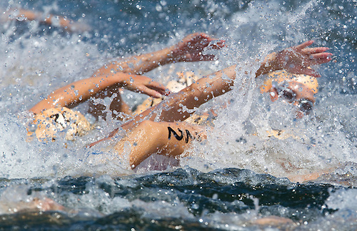 25 JUN 2011 - PONTEVEDRA, ESP - Elite Women's European Triathlon Championships in Pontevedra, Spain .(PHOTO (C) NIGEL FARROW)