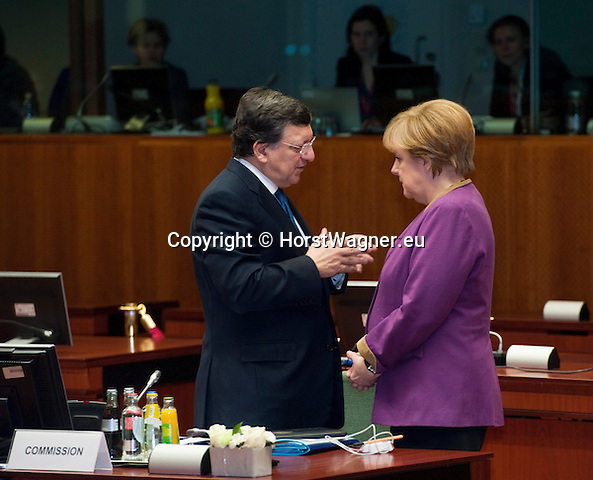 Brussels-Belgium - March 15, 2013 -- European Council, EU-summit meeting of Heads of State / Government; here, José (Jose) Manuel BARROSO (le), President of the European Commission, with Angela MERKEL (ri), Federal Chancellor of Germany -- Photo: © HorstWagner.eu