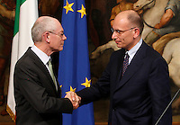 Il Presidente del Consiglio Europeo Herman Van Rompuy stringe la mano al Presidente del Consiglio Enrico Letta, a destra, al termine della conferenza stampa congiunta a Palazzo Chigi, Roma, 31 maggio 2013.<br /> European Council President Herman Van Rompuy shakes hands with Italian Premier Enrico Letta, right, at the end of their joint press conference at Chigi Palace, Rome, 31 May 2013.<br /> UPDATE IMAGES PRESS/Isabella Bonotto