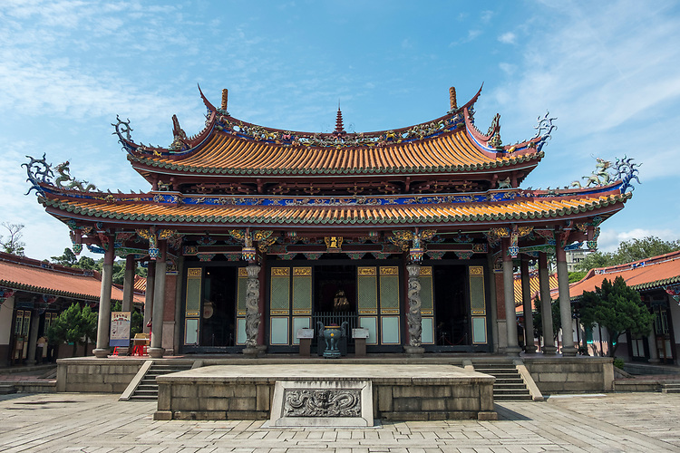 Constructed by the famous Fujian craftsman Wang Yi-shun in the late 1920s, this temple is a beautiful example of Minnan (southern) style architecture and of Taiwan's delightful local decorative arts.