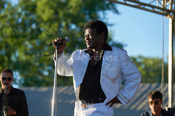 MINNEAPOLIS, MN AUGUST 21: Charles Bradley performs at Sociable Cider Werks on August 21, 2016 in Minneapolis, Minnesota. Credit: Tony Nelson/Mediapunch Inc.