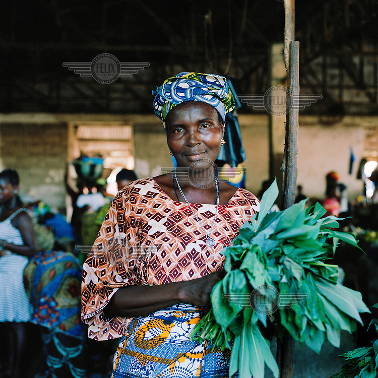 Ya Yeabu Tarawalie, the chairlady of the Sylvanus market in Makeni.