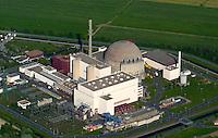 AKW Brokdorf: DEUTSCHLAND, SCHLESWIG-HOLSTEIN, BROKDORF 18.05.2004: Abfall, AKW, Atomares, Atomausstieg, Atombeschuss, Atomenergie, atomic, Atomindustrie, Atomkonsens, Atomkraft, Atomkraftlobby, Atomkraftwerk, Atommeiler, Atommuell, Atommuelltransport, Atomstrom, Atomunfall, Atomwirtschaft, Atomzeitalter, Aussenaufnahme, Ausstiegsvereinbarung, Bedrohung, Brokdorf, Brokdorf, Deutschland, E.ON, Elektrische, Elektrischer, Elektroenergie, Energie, Energiebedarf, Energieerzeuger, Energiegipfel, Energiekonzern, Energiekriese, Energiemarkt, Energiemix, Energieverbund, Energieversorger, Energieversorgungsunternehmen, energy, HEW, Industrie, Kernenergie, Kernkraft, Kernkraftverzicht, Kernkraftwerk, Kernkraftwerke, Kernreaktor, KKW, Klimaschutz, Kuehlturm, KWG, Material, Neutronenstrahlen, Norddeutschland, Nuklearkraftwerk, Nuklearstrom, Nukleartechnik, Power, Radioaktiv, Radioaktive, radioaktiver, radioaktives, Radioaktivitaet, Reaktor, Reaktorsicherheit, Restlaufzeiten, Schleswig-Holstein, Sicherheitsbereich, Siedewasserreaktor, Station, Strahlenmessung, Strahlenschutz, Strahlung, Strom, Stromgesellschaft, Stromhandel, Stromindustrie, Stromnetz, Stromversorger, Technik, Wirtschaft, Zwischenlager.c o p y r i g h t : A U F W I N D - L U F T B I L D E R . de.G e r t r u d - B a e u m e r - S t i e g  1 0 2,  .2 1 0 3 5  H a m b u r g ,  G e r m a n y.P h o n e  + 4 9  (0) 1 7 1 - 6 8 6 6 0 6 9 .E m a i l      H w e i 1 @ a o l . c o m.w w w . a u f w i n d - l u f t b i l d e r . d e.K o n t o : P o s t b a n k    H a m b u r g .B l z : 2 0 0 1 0 0 2 0  .K o n t o : 5 8 3 6 5 7 2 0 9.C  o p y r i g h t   n u r   f u e r   j o u r n a l i s t i s c h  Z w e c k e, keine  P e r s o e n  l i c h ke i t s r e c h t e   v o r  h a n d e n,  V e r o e f f e n t l i c h u n g  n u r    m i t  H o n o r a  n a c h  MFM, N a m e n s n e n n u n g und B e l e g e x e m p l a r !...