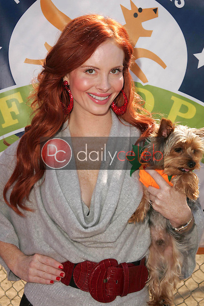 Phoebe Price<br />at The 5th Annual BowWowWeen Benefit Presented by Dog.com. Barrington Dog Park, Los Angeles, CA. 10-29-06<br />Dave Edwards/DailyCeleb.com 818-249-4998