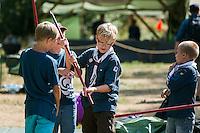 20140806 Vilda-l&auml;ger p&aring; Kragen&auml;s. Foto f&ouml;r Scoutshop.se<br /> scouter, scout, dag, gr&auml;s, l&auml;gerplats, kul, samarbete