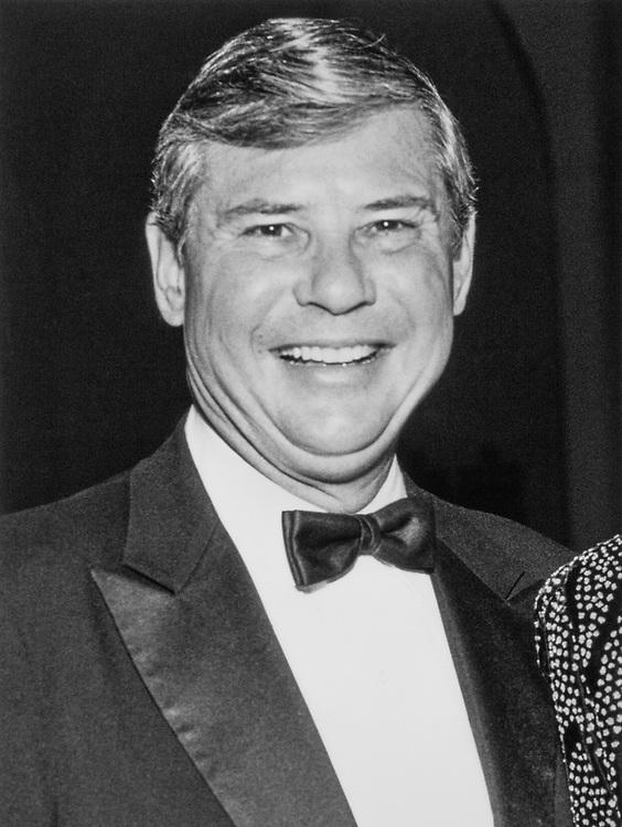 Sen. Bob Graham, D-Fla. at Democratic National Committee Fundraiser Dinner on Nov. 2, 1989. (Photo by Maureen Keating/CQ Roll Call)