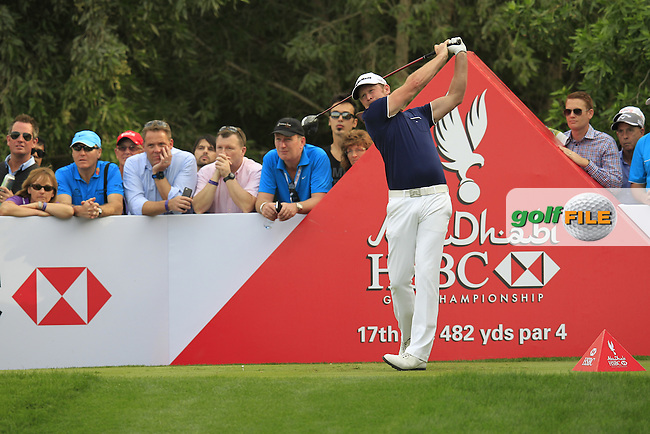 Jamie Donaldson (WAL) tees off the 17th tee during Sunday's Final Round of the Abu Dhabi HSBC Golf Championship 2015 held at the Abu Dhabi Golf Course, United Arab Emirates. 18th January 2015.<br /> Picture: Eoin Clarke www.golffile.ie