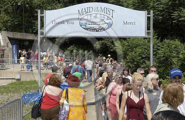 Niagara Falls, Ontario, Canada - 01 August 2006---Tourists / visitors  lining up for the 'Maid of the Mist', a boat cruising Niagara River into the falls---people, tourism---Photo: Horst Wagner / eup-images
