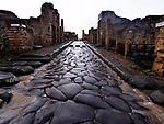 Europe, Italy, Campania, Pompeii. Ancient Roman ruins of Pompeii, destroyed by Mount Vesuvius in 79 A.D.-.<br /> <br /> Europa, Italien, Kampanien, Pompeji. Roemische Ruinen in Pompei, 79 n.Chr. durch Vulkanausbruch des Vesuv zerstoert.-.