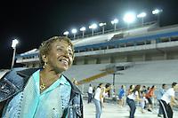 SÃO PAULO, SP, 29 DE JANEIRO DE 2012 - ENSAIO TÉCNICO ACADEMICOS DO TUCURUVI - Leci Brandão durante ensaio técnico da Escola de Samba Acadêmicos do Tucuruvi na preparação para o Carnaval 2012. O ensaio foi realizado  neste domingo (29) no Sambódromo do Anhembi, zona norte da cidade. FOTO: LEVI BIANCO - NEWS FREE