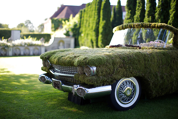 A Classic American Car floral display at Elton John's White Tie and Tiara Ball 2012