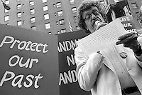 New York, NY circa 1989 - Author Kurt Vonnegut speaking at a rally to save the Farley Post Office.
