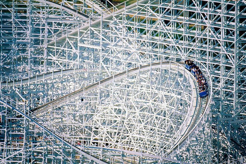 Twister II Rollercoaster, Elitch Gardens Amusement Park, Denver, Colorado USA