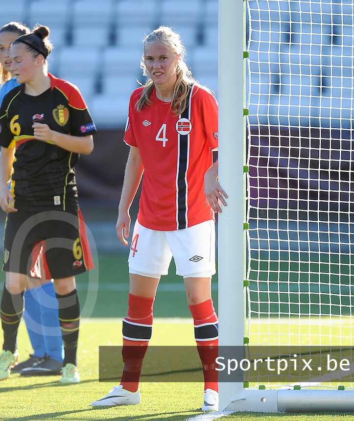 20140718 - Tonsberg , NORWAY : Norwegian Ane Walsoe pictured during the female soccer match between Women under 19 teams of Norway and Belgium , on the second matchday in group A of the UEFA Women Under19 European Championship at Tonsberg Stadion , Norway . Friday 18th July 2014 . PHOTO DAVID CATRY