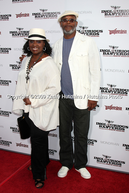 LaTanya Richardson & Samuel L. Jackson arriving  at the Los Angeles Premiere of Inglourious Basterds at Grauman's Chinese Theater in Los Angeles, CA  on August 10,  2009 .©2009 Kathy Hutchins / Hutchins Photo.