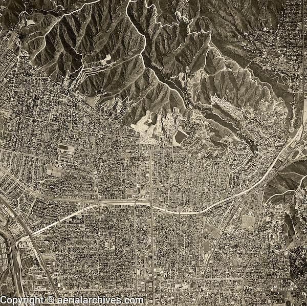 historical aerial photograph Glendale, California, 1952