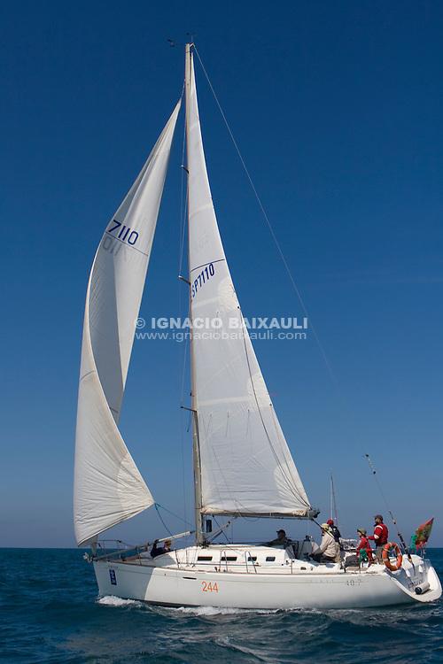 ESP 7110 LA ESTRELLA AZUL Estrella Armengol FIRST 40.7 RCN Valencia <br /> Salida de la 22 Ruta de la Sal 2009 Versi&oacute;n Este, Denia, Alicante, Espa&ntilde;a