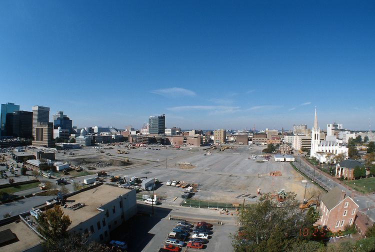 1996 October 25..Redevelopment..Macarthur Center.Downtown North (R-8)..LOOKING WEST.FROM ROTUNDA BUILDING.SUPER WIDE...NEG#.NRHA#..