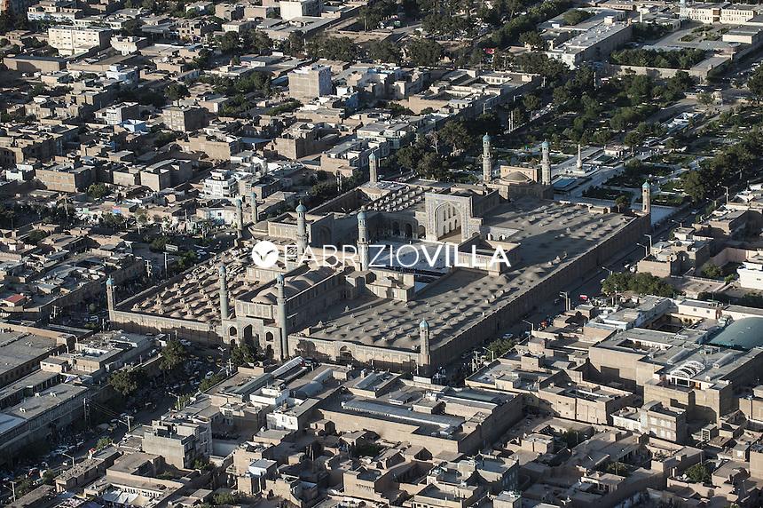 Afghanistan. La moschea blu di Herat.